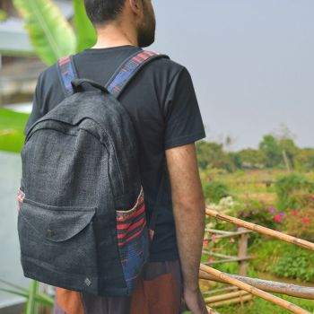 Hemp Backpack Weltenbummler black